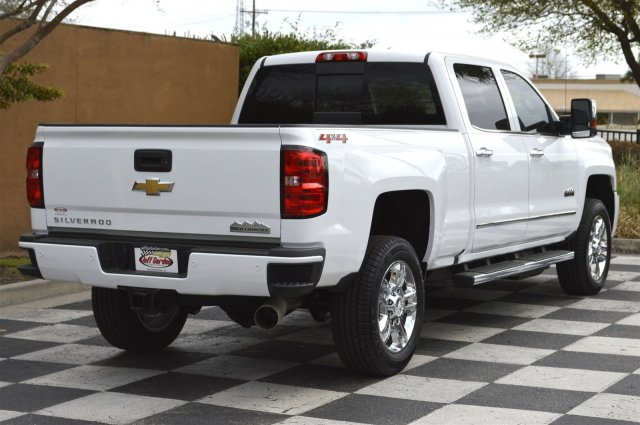 2018 Silverado 2500 Crew Cab 4x4, Pickup #T1818 - photo 2