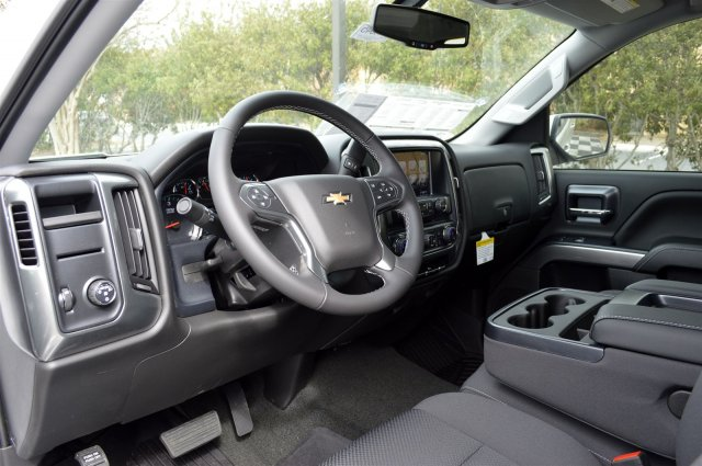 2018 Silverado 1500 Crew Cab, Pickup #T1845 - photo 10