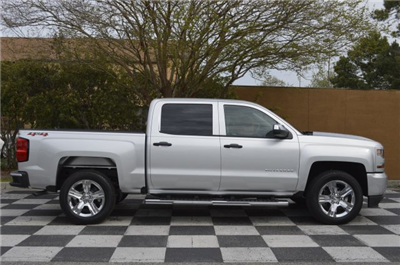 2018 Silverado 1500 Crew Cab 4x4,  Pickup #T1857 - photo 8