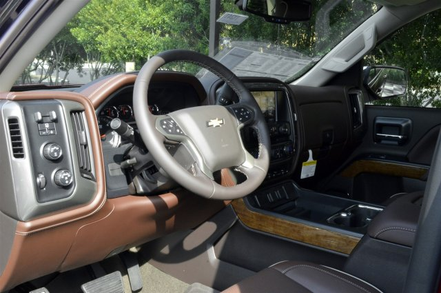 2018 Silverado 1500 Crew Cab 4x4,  Pickup #T1969 - photo 10