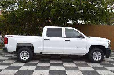 2018 Silverado 1500 Crew Cab 4x4,  Pickup #T2027 - photo 8
