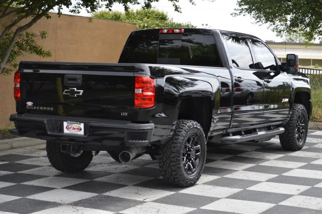 2018 Silverado 2500 Crew Cab 4x4, Pickup #T2052 - photo 2