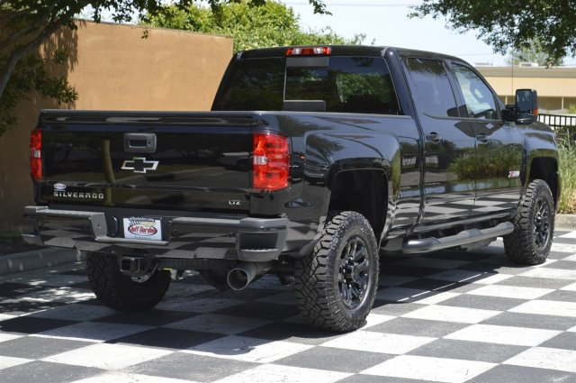 2018 Silverado 2500 Crew Cab 4x4, Pickup #T2053 - photo 2