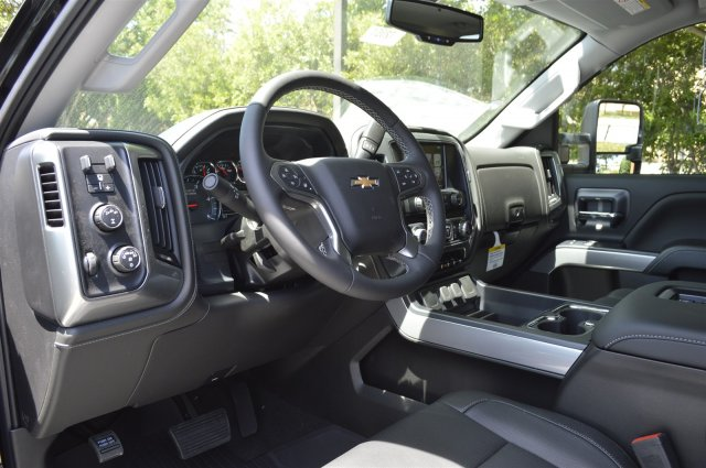 2018 Silverado 2500 Crew Cab 4x4, Pickup #T2072 - photo 10