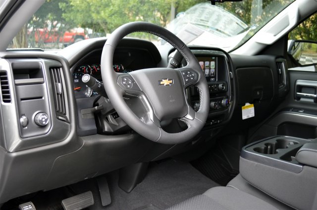 2018 Silverado 1500 Crew Cab 4x2,  Pickup #T2393 - photo 10