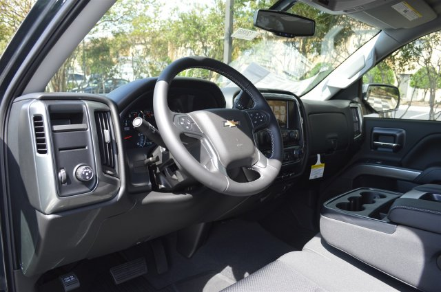2018 Silverado 1500 Crew Cab 4x2,  Pickup #T2488 - photo 10