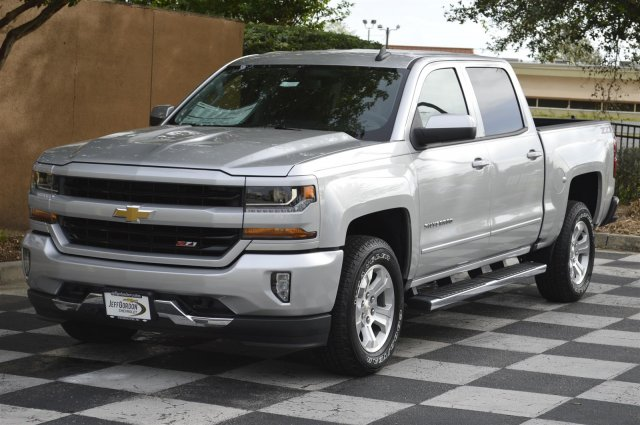 2018 Silverado 1500 Crew Cab 4x4,  Pickup #T2514 - photo 3