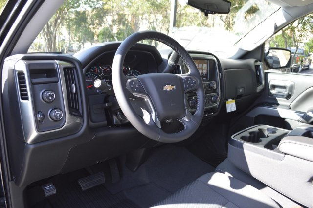 2018 Silverado 1500 Crew Cab 4x4,  Pickup #T2560 - photo 10