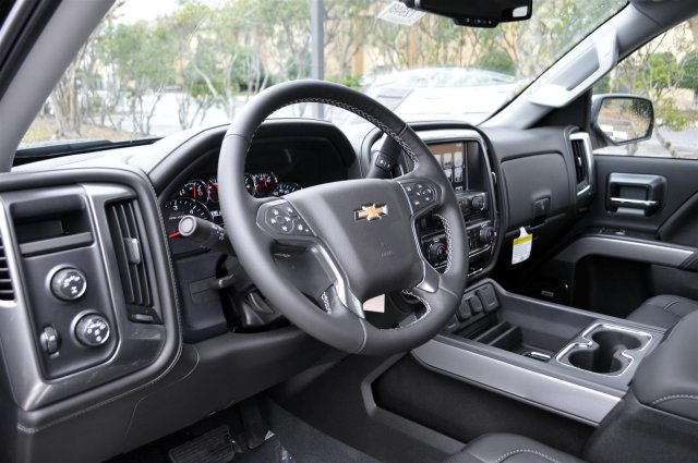 2018 Silverado 1500 Crew Cab 4x4,  Pickup #T2646 - photo 10