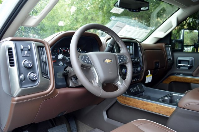 2019 Silverado 2500 Crew Cab 4x4,  Pickup #U1019 - photo 10