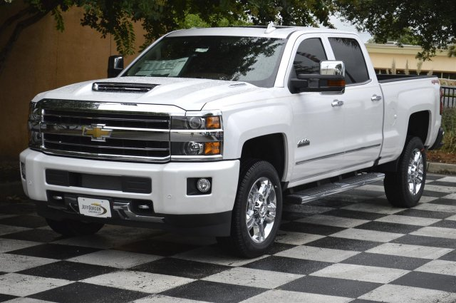 2019 Silverado 2500 Crew Cab 4x4,  Pickup #U1019 - photo 3