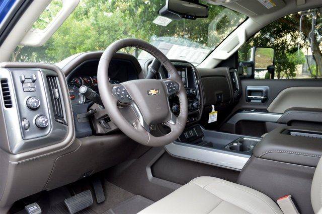 2019 Silverado 2500 Crew Cab 4x4,  Pickup #U1028 - photo 10