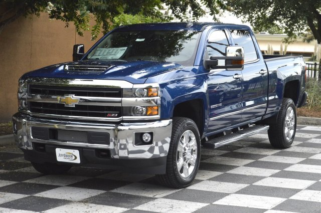 2019 Silverado 2500 Crew Cab 4x4,  Pickup #U1028 - photo 3