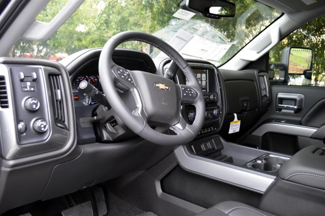 2019 Silverado 2500 Crew Cab 4x4,  Pickup #U1035 - photo 10