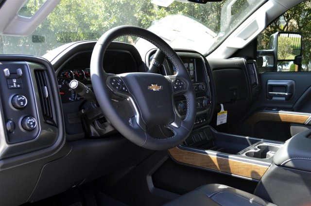 2019 Silverado 3500 Crew Cab 4x4,  Pickup #U1036 - photo 10