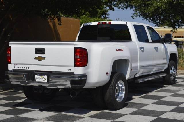 2019 Silverado 3500 Crew Cab 4x4,  Pickup #U1036 - photo 2