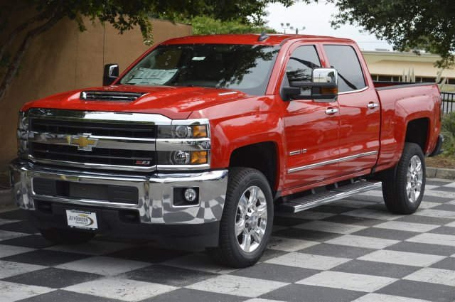 2019 Silverado 2500 Crew Cab 4x4,  Pickup #U1053 - photo 3