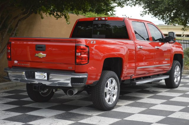 2019 Silverado 2500 Crew Cab 4x4,  Pickup #U1053 - photo 2