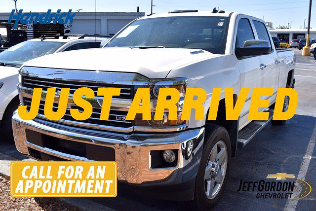 2015 Chevrolet Silverado 2500 Crew Cab 4x4, Pickup #XH29515A - photo 1