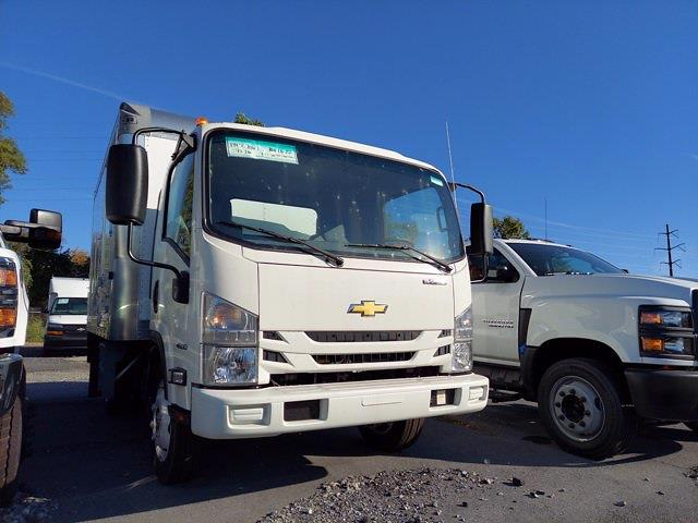 2020 Chevrolet LCF 4500 Regular Cab DRW 4x2, Morgan Gold Star Dry Freight #205876 - photo 3