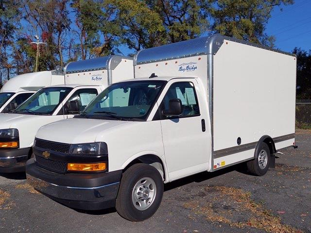 2020 Chevrolet Express 3500 4x2, Bay Bridge FRP Cutaway Van #205893 - photo 4