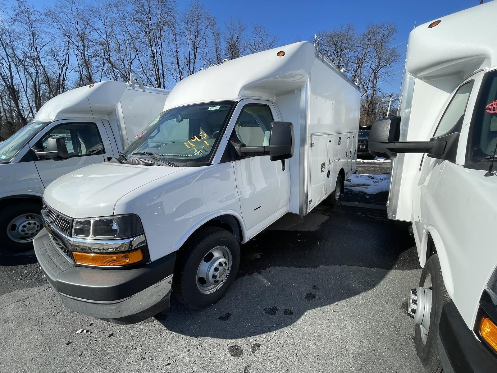 2020 Chevrolet Express 3500 4x2, 12' Supreme Spartan Cutaway Service Body #205956 - photo 1