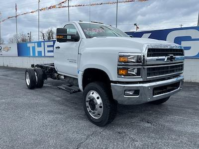 2020 Chevrolet Silverado 4500 Regular Cab DRW 4x4, Cab Chassis #205960 - photo 3