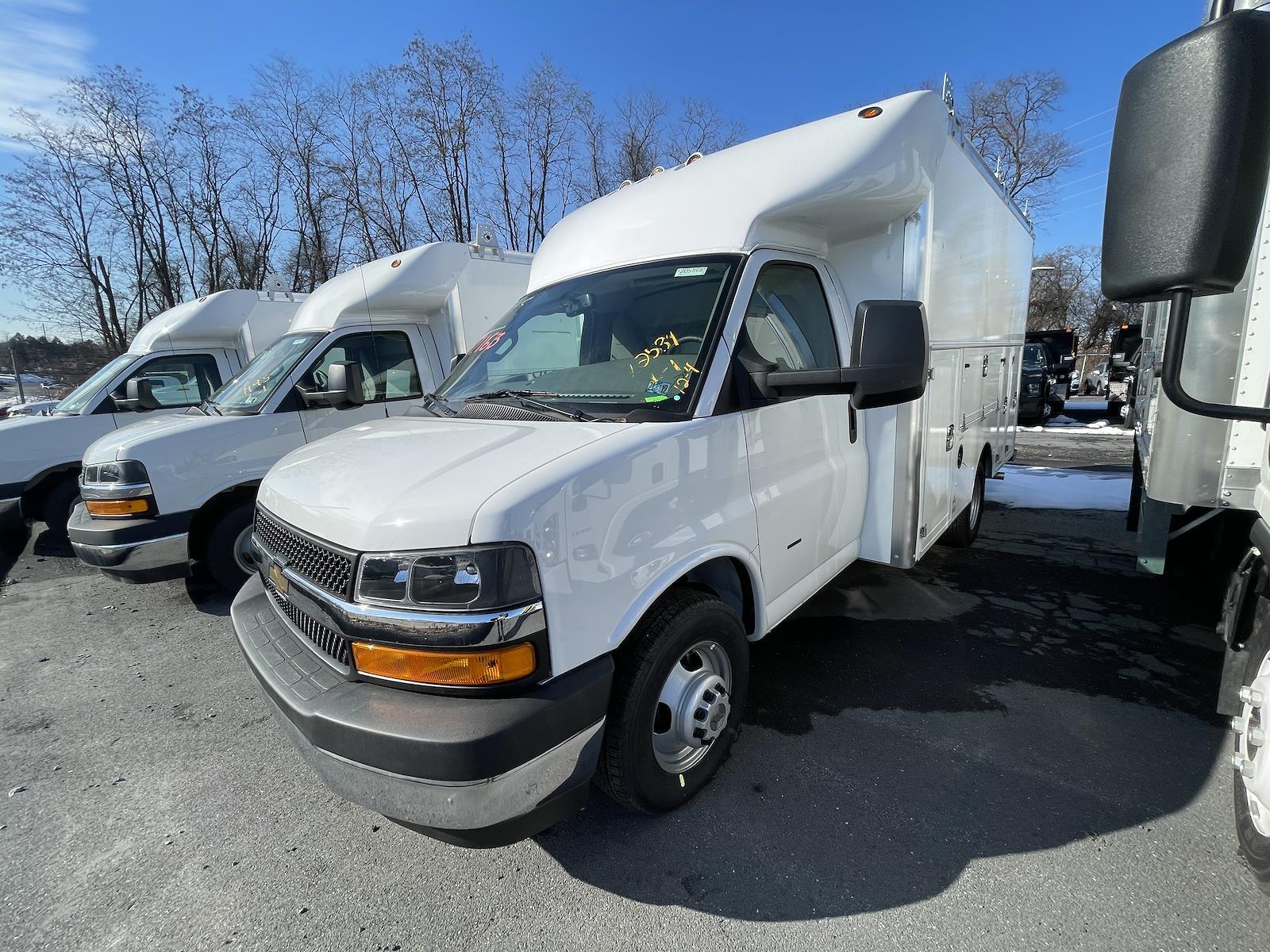 2020 Chevrolet Express 3500 4x2, 12' Supreme Spartan Cutaway Service Body #205968 - photo 1