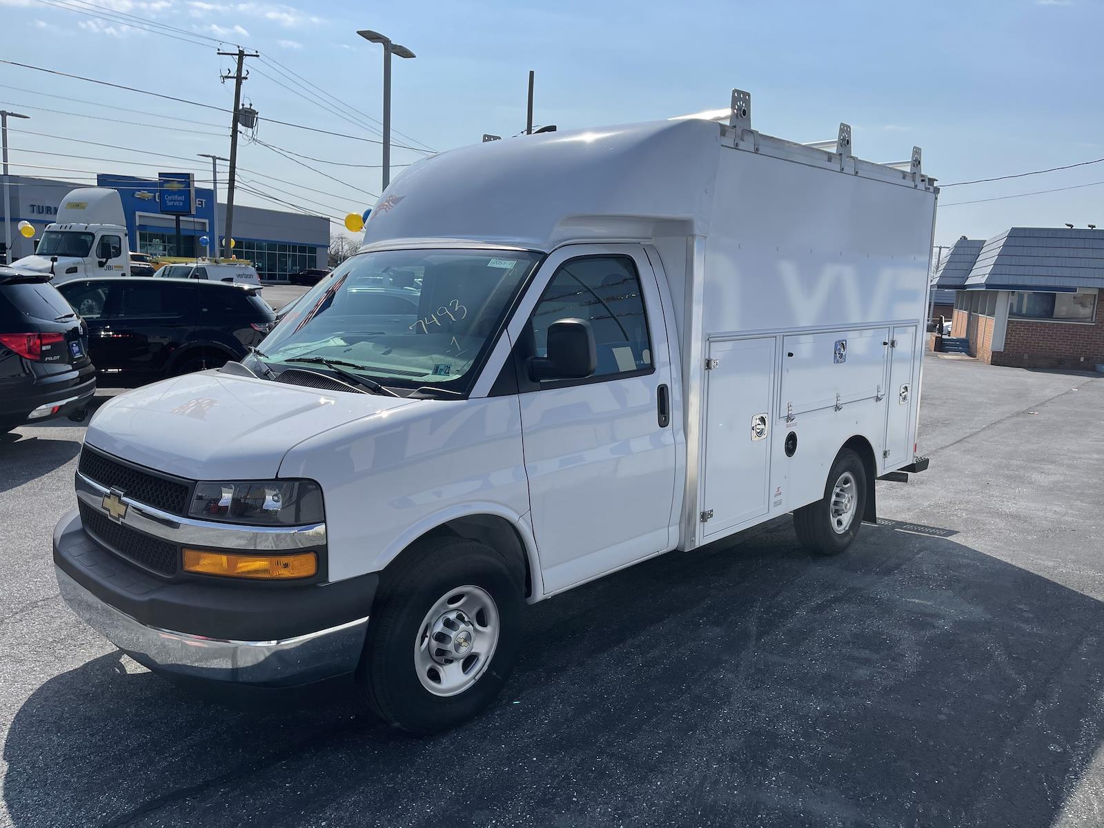 2020 Chevrolet Express 3500 4x2, Supreme Spartan Service Utility Van #205979 - photo 4
