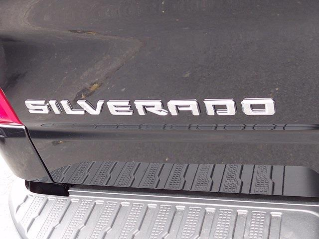 2021 Chevrolet Silverado 1500 Crew Cab 4x4, Pickup #215114 - photo 17