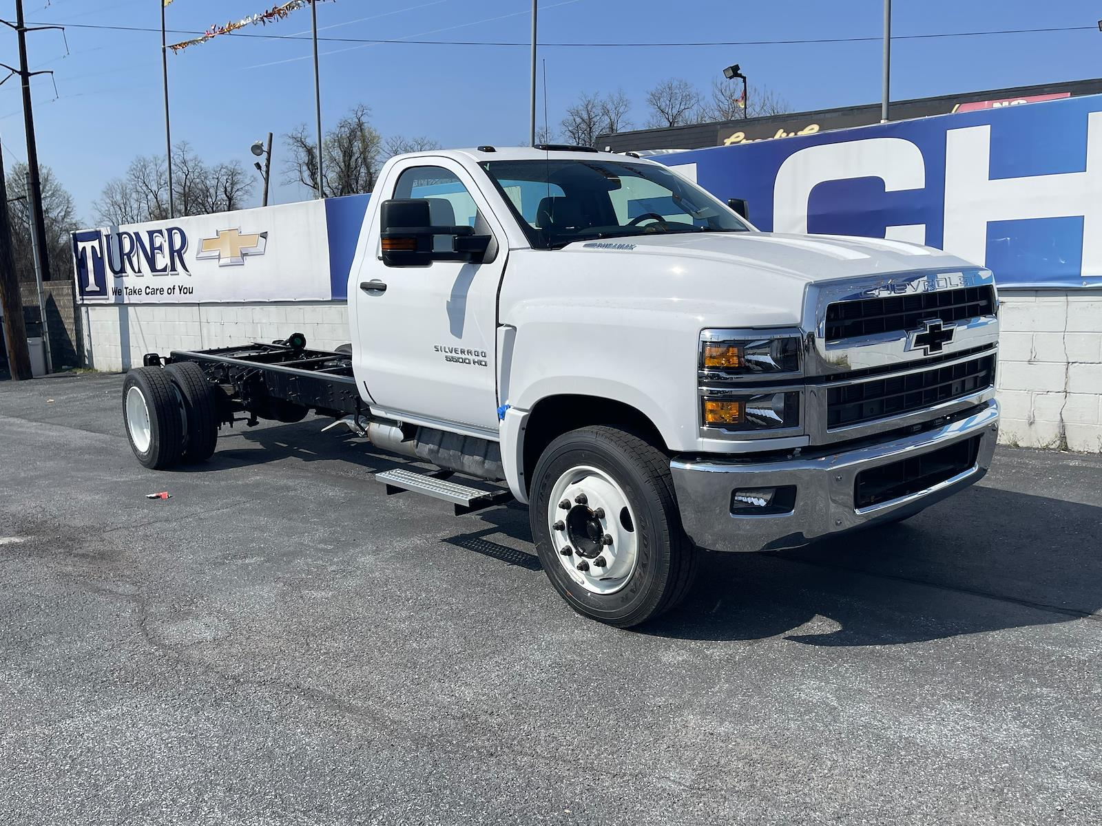 2021 Chevrolet Silverado 4500 Regular Cab DRW 4x2, Cab Chassis #215497 - photo 5