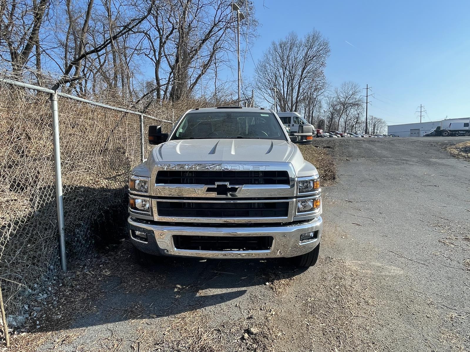 2021 Chevrolet Silverado 4500 Regular Cab DRW 4x2, Cab Chassis #215498 - photo 4
