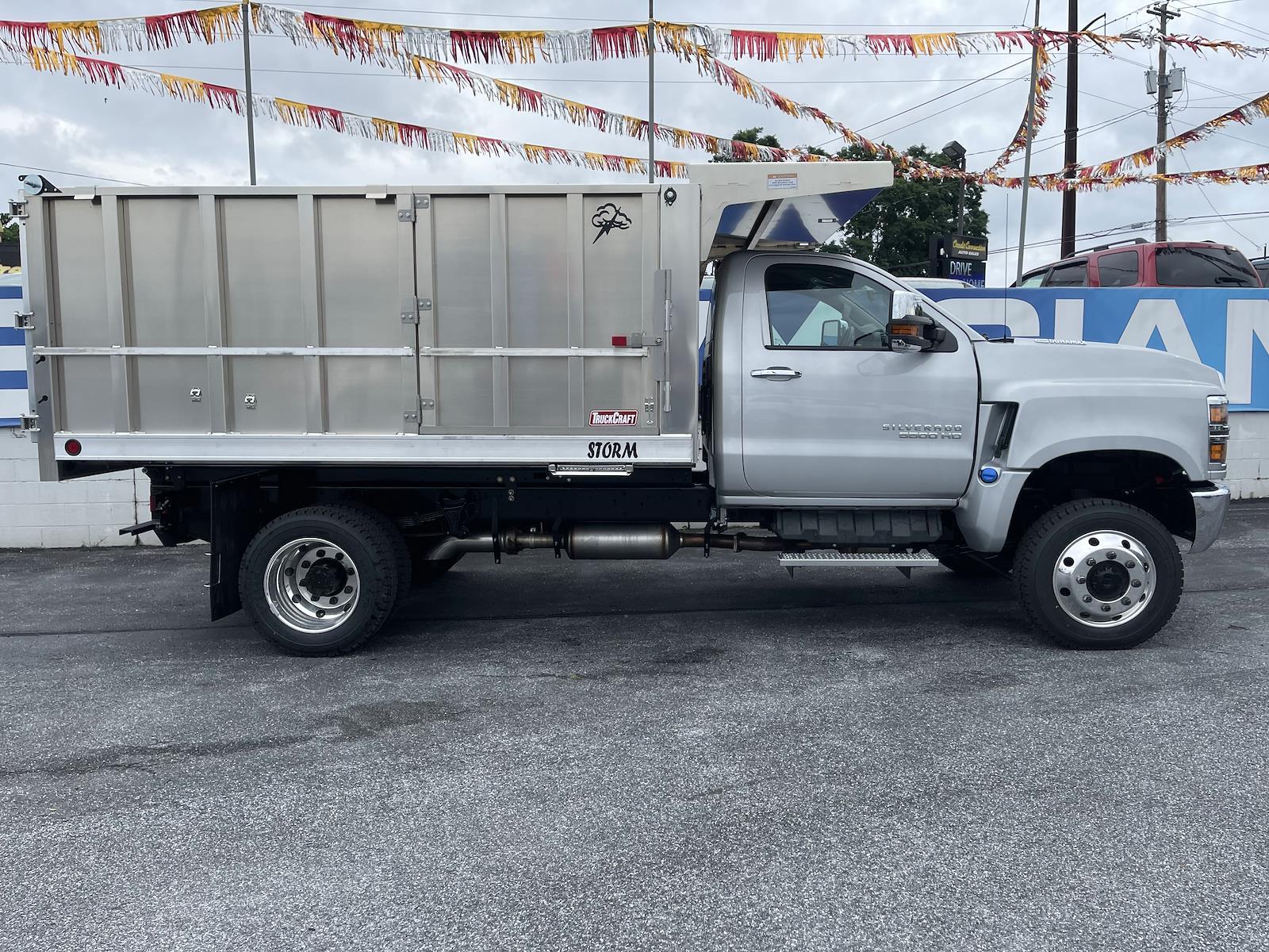 2021 Chevrolet Silverado 4500 Regular Cab DRW 4x4, TruckCraft Landscape Dump #215524 - photo 5