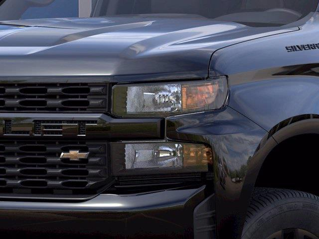 2021 Chevrolet Silverado 1500 Crew Cab 4x4, Pickup #215570 - photo 8