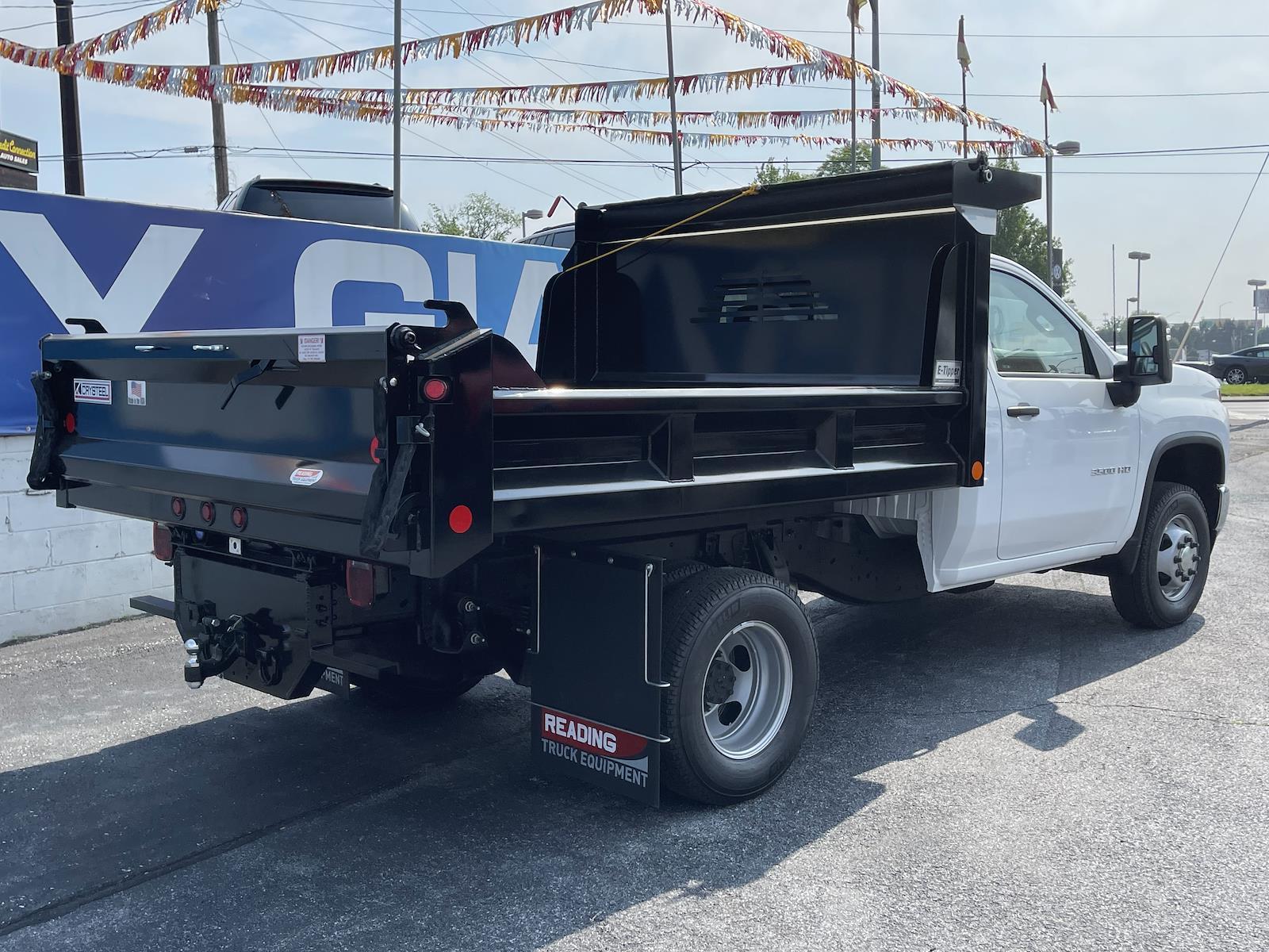 2021 Chevrolet Silverado 3500 Regular Cab 4x4, Crysteel Dump Body #215667 - photo 1