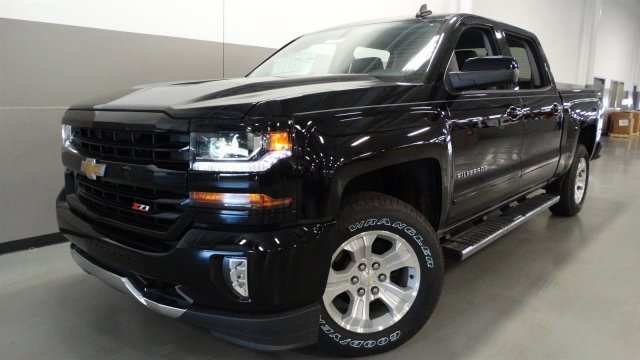 2017 Silverado 1500 Crew Cab 4x4, Pickup #170189 - photo 3