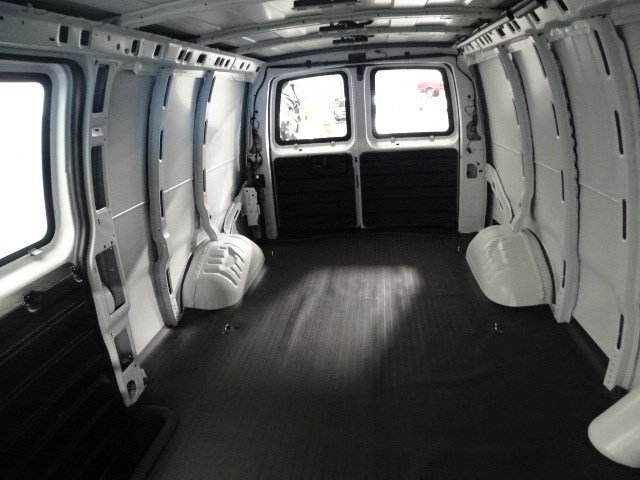2017 Express 3500 Cargo Van #170252 - photo 29