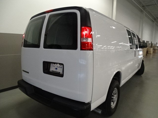 2017 Express 3500 Cargo Van #170252 - photo 7