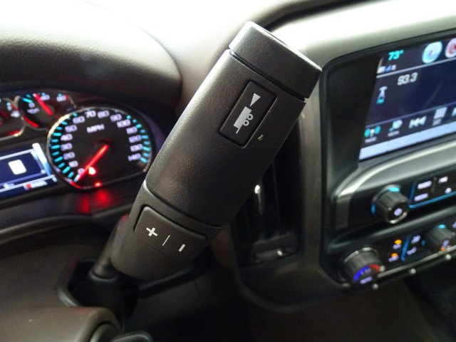 2017 Silverado 2500 Crew Cab 4x4, Pickup #170318 - photo 19