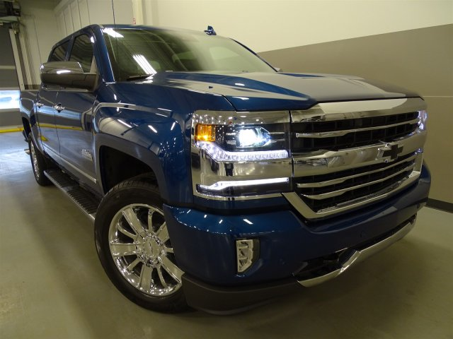 2017 Silverado 1500 Crew Cab 4x4, Pickup #170347 - photo 3