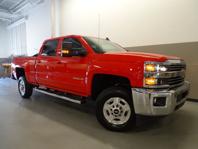 2017 Silverado 2500 Crew Cab 4x4, Pickup #170349 - photo 9