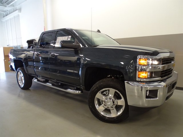 2017 Silverado 2500 Double Cab 4x4, Pickup #170454 - photo 9