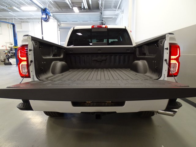2017 Silverado 1500 Crew Cab, Pickup #170512 - photo 6