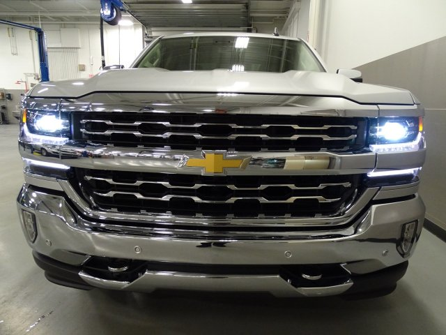 2017 Silverado 1500 Double Cab 4x4, Pickup #170522 - photo 4