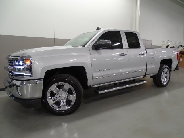 2017 Silverado 1500 Double Cab 4x4, Pickup #170522 - photo 8