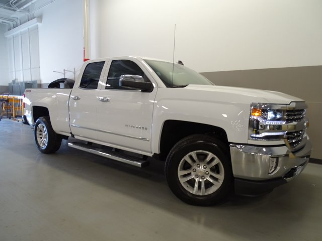 2017 Silverado 1500 Double Cab 4x4, Pickup #170524 - photo 9