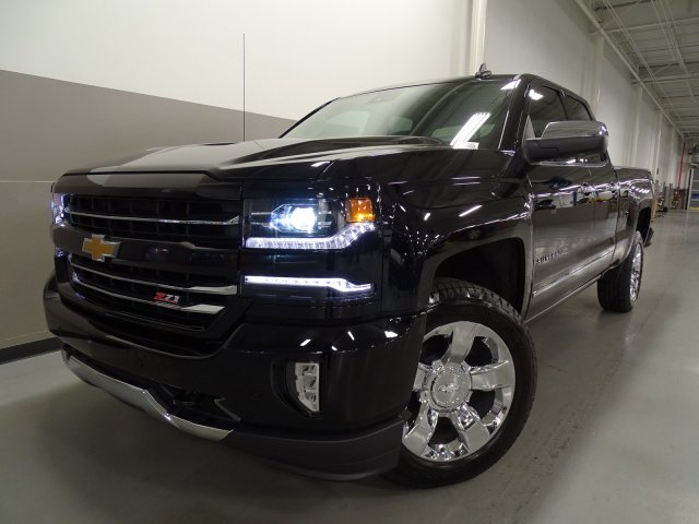 2017 Silverado 1500 Double Cab 4x4, Pickup #170532 - photo 3