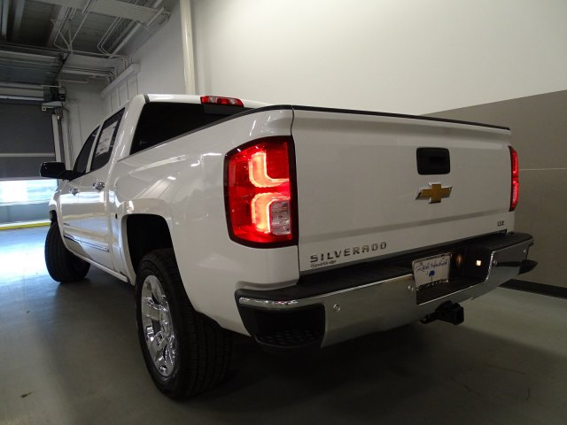 2017 Silverado 1500 Crew Cab, Pickup #170556 - photo 2