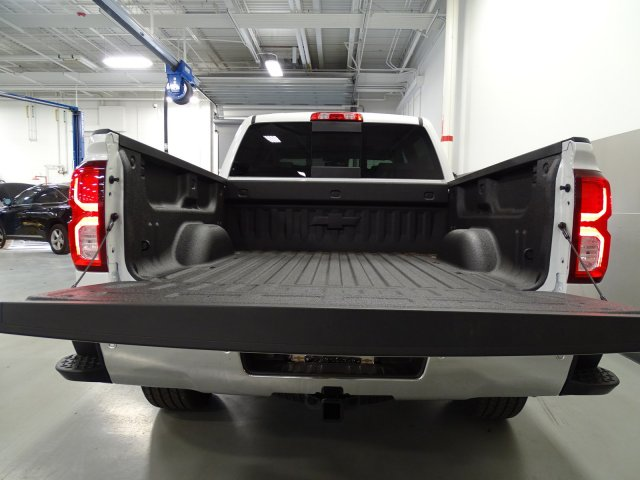 2017 Silverado 1500 Crew Cab, Pickup #170556 - photo 6