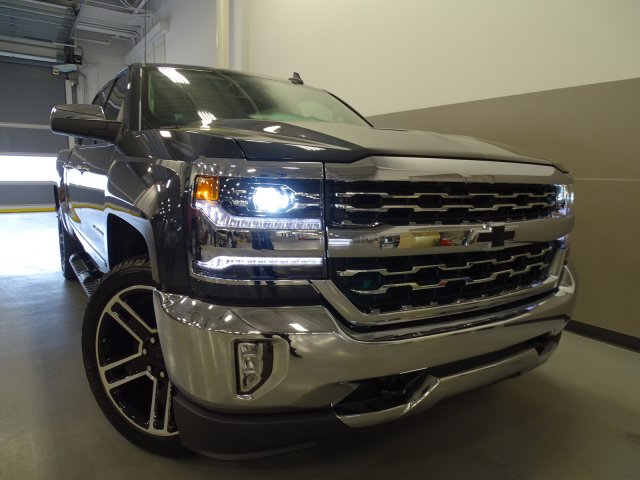 2017 Silverado 1500 Crew Cab, Pickup #170560 - photo 3